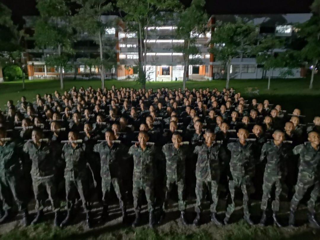 โดนทำโทษ โดนแดก นักเรียนเตรียมทหาร