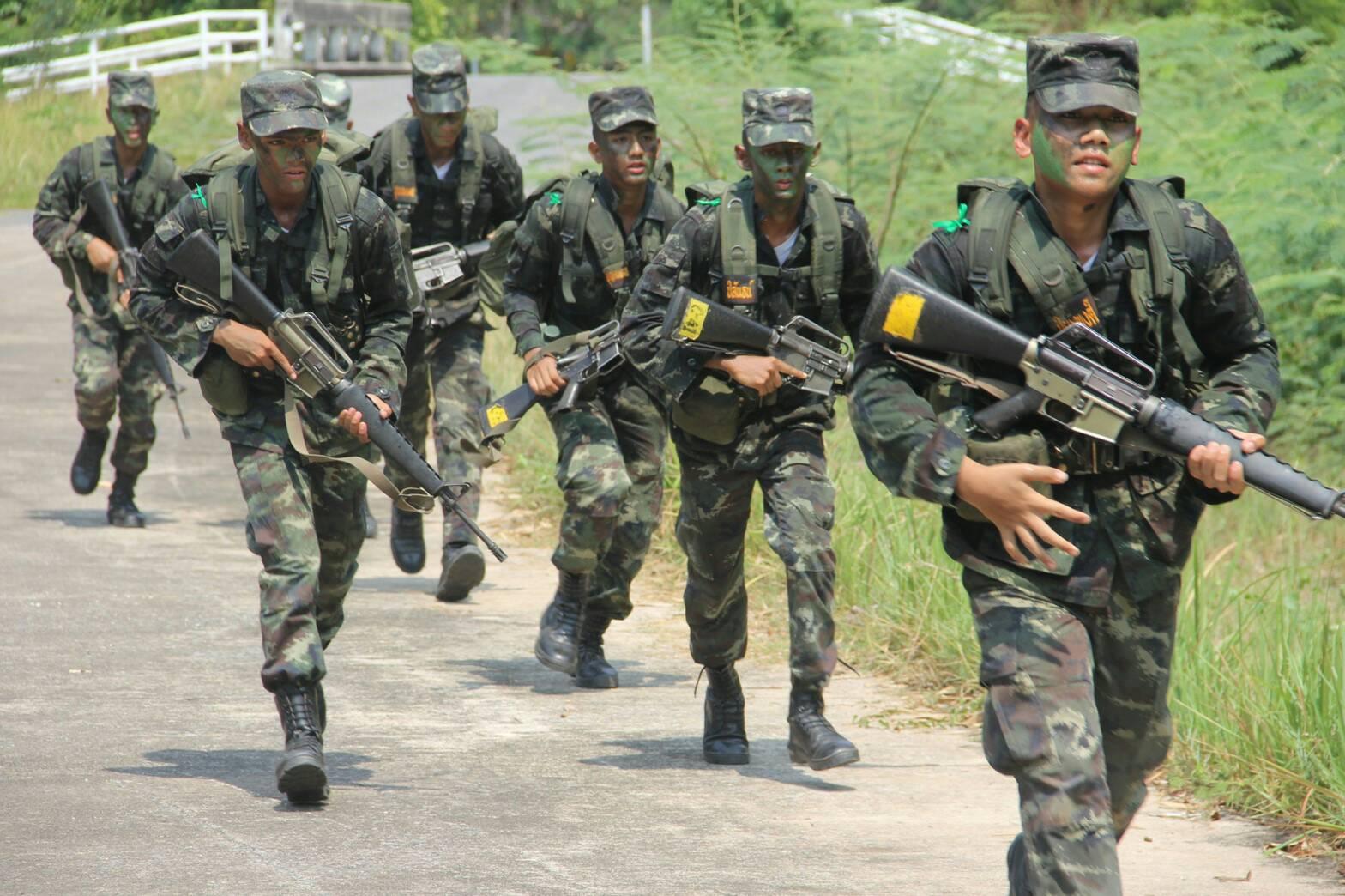 การฝึกของ นักเรียนเตรียมทหาร