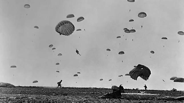 กระโดดร่ม สงครามโลกครั้งที่ 2