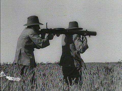 ปืนกลเลวิส